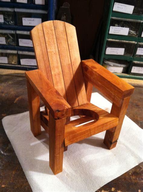 Adirondack-Chair-Wine-Bottle-Holder
