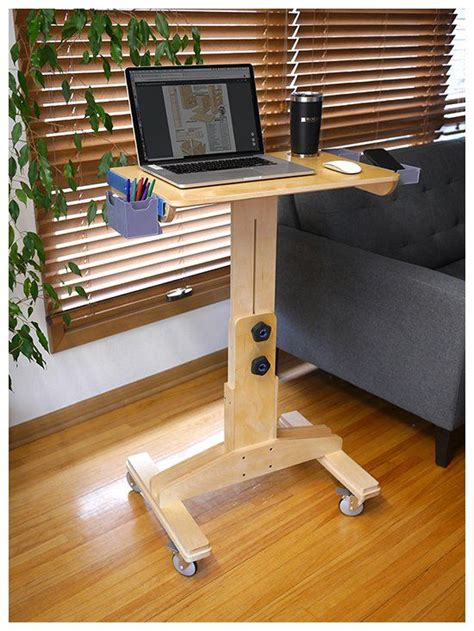 Adjustable-Laptop-Table-Plans