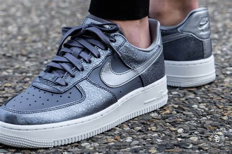 Air Force 1 '07 Light Carbon/Black