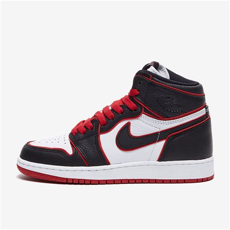 Air Jordan 1 Retro High OG Mens Basketball Shoes (13 D(M) US)