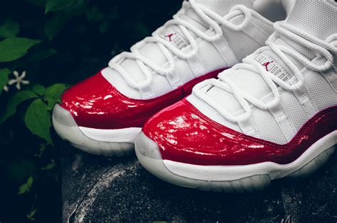 Air Jordan 11 Retro Low Cherry 'Varsity Red' 2016 White/Varsity Red-Black 528895-102
