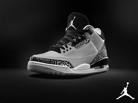 Air Jordan 3 Retro Men's Shoes Wolf Grey/Metallic Silver-Black-White 136064-004