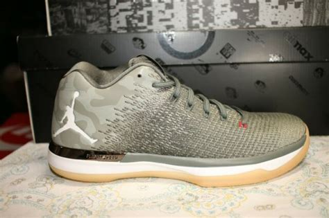 Air XXXI Low Men's Basketball Shoes 897564 051