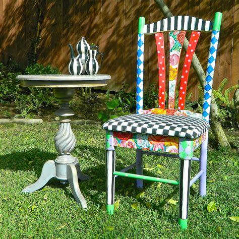 Alice-In-Wonderland-Furniture-Diy