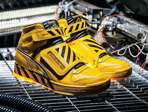 Alien Sneakers Reebok