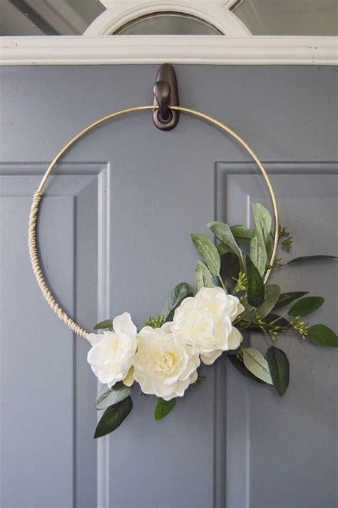 All-Weather-Front-Door-Wreath-Diy