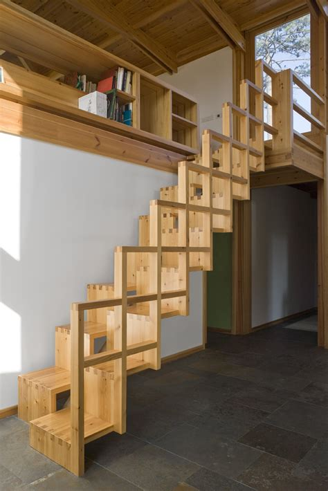 Alternating Staircase Plans