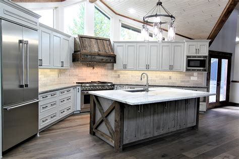 American-Woodworks-Bend-Or