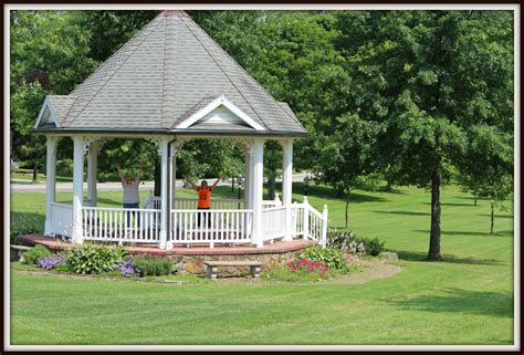 Amish-Woodworking-Middlefield-Ohio