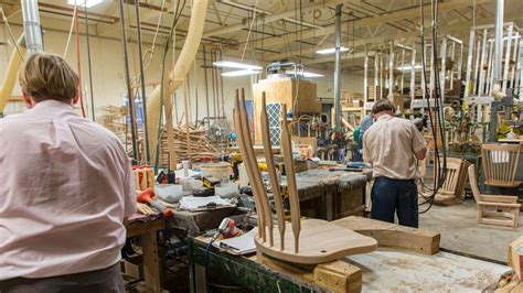 Amish-Woodworking-Shops