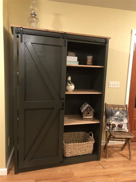 Ana-White-Bookcase-With-Doors