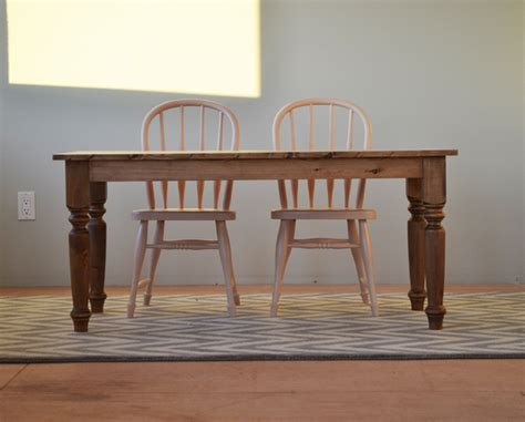 Ana-White-Farmhouse-Play-Table