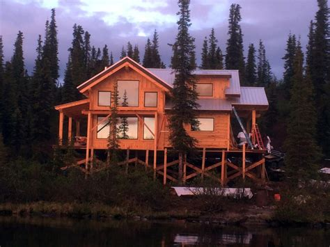 Ana-White-House-In-Alaska
