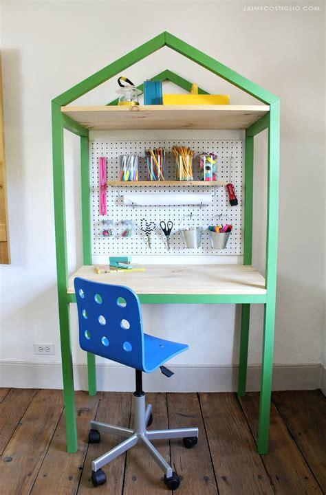 Ana-White-House-Shaped-Craft-Desk