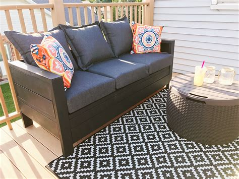 Ana-White-Outdoor-Couch