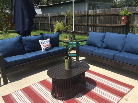 Ana-White-Plans-Outdoor-Sofa