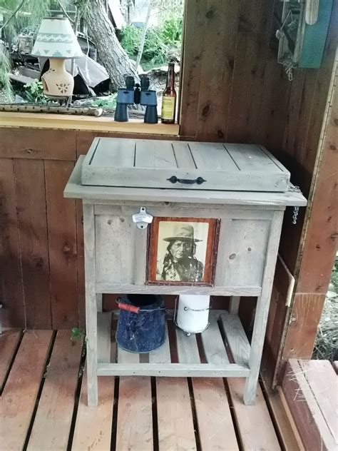 Ana-White-Rustic-Cooler