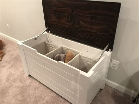 Ana-White-Rustic-Toy-Box