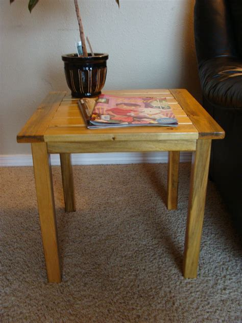 Ana-White-Simple-End-Table