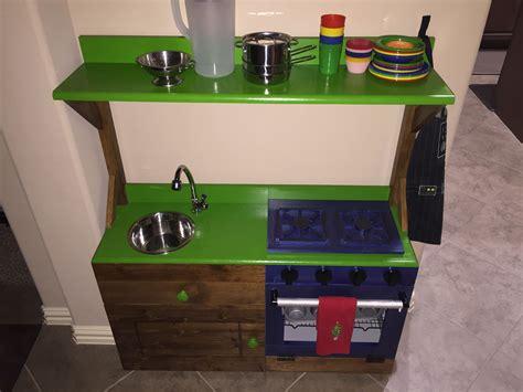 Ana-White-Toy-Kitchen