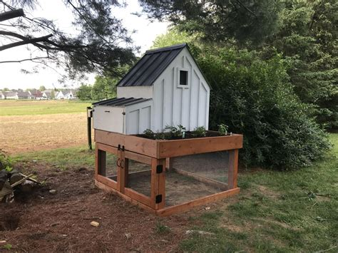 Anna-White-Chicken-Coop-Plans