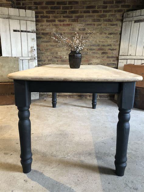 Annie-Sloan-Farmhouse-Table