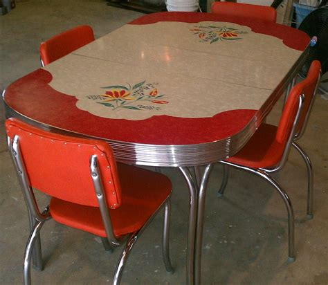 Antique Kitchen Table Chairs