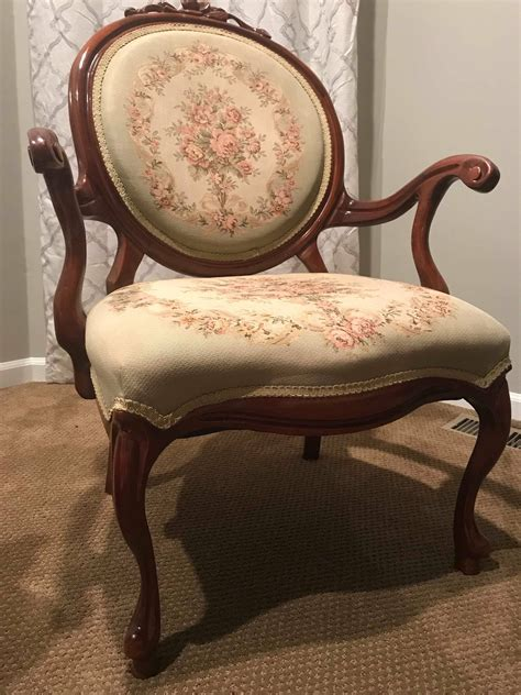 Antique Parlor Chair Diy