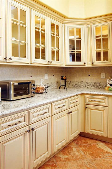 Antique White Kitchen Cabinets Diy