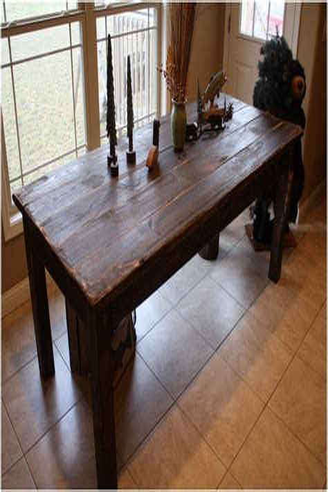 Antique-Farm-House-Round-Kkitchen-Table