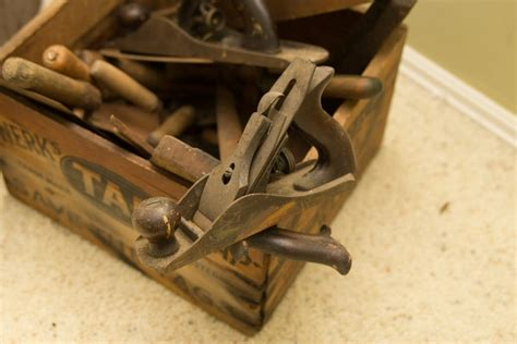 Antique-Woodworkers-Tools