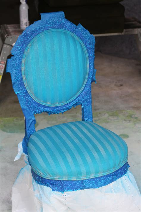 Apartment-Therapy-Fabric-Paint-Chair-Diy