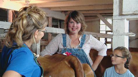 Around-Thr-Farm-Table