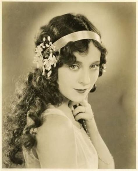 HD wallpapers art nouveau hairstyle Page 2