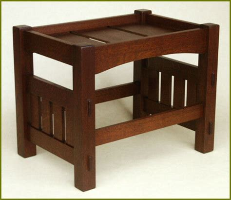 Arts-And-Crafts-Footstool-Plans