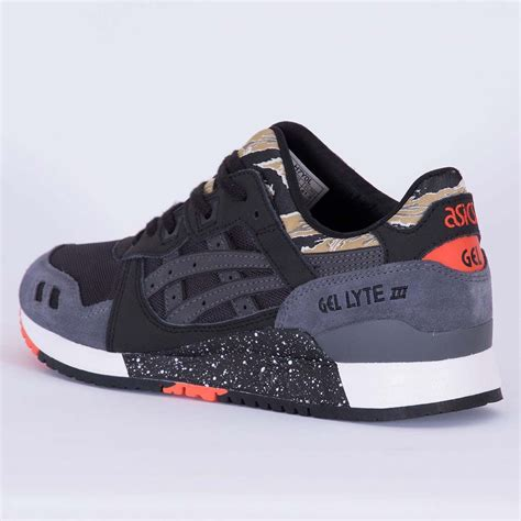Asics Gel Lyte Iii Black Out Running Sneaker