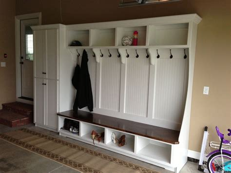 Attached Garage Plans With Mudroom Bench