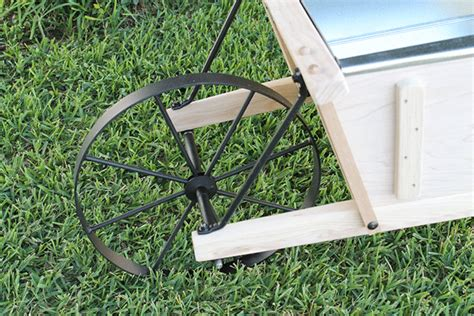 Authentic Old Fashioned Wheelbarrows At Tractor