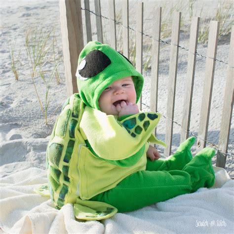 Baby-Turtle-Costume-Diy
