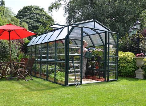 Backyard Greenhouses Diy