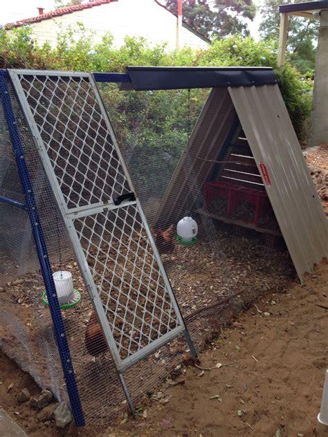 Backyard-Chicken-Coop-Plans-Swing-Set