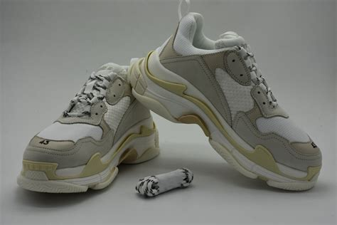 Balenciaga Womens Sneakers Cream