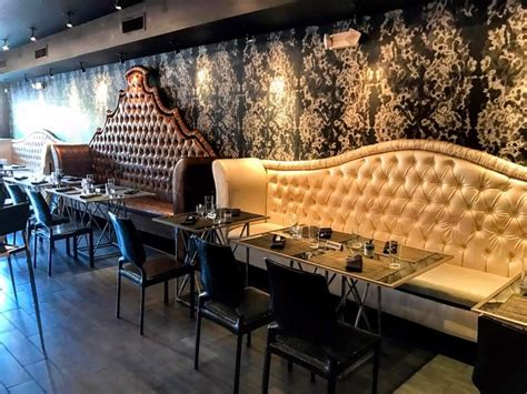 Banquette Dining Booths