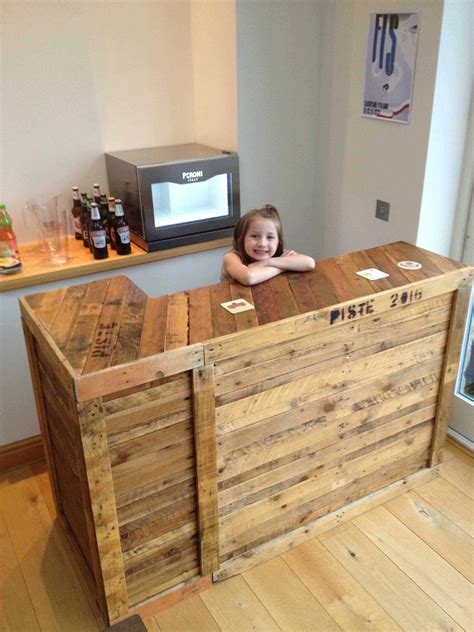 Bar Made From Pallets Plans