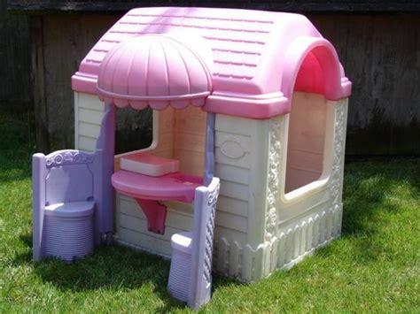 Barbie-Outdoor-Playhouse