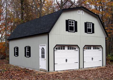 Barn-Shaped-Garage-Plans