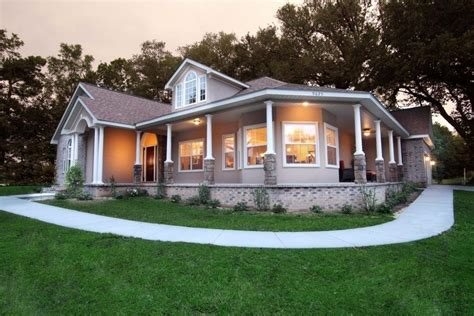 Barn-Style-House-Plans-With-Wrap-Around-Porch