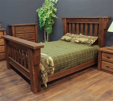 Barnwood-Bedroom-Furniture-Plans