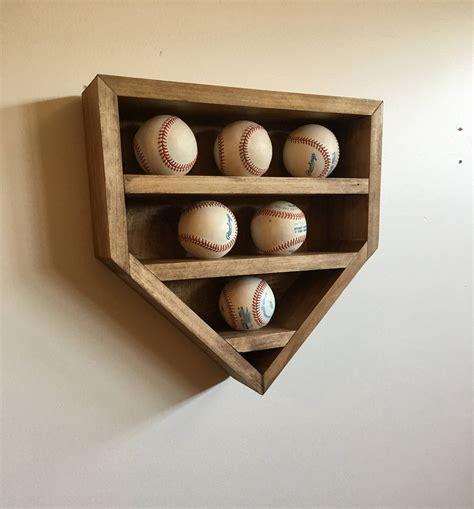 Baseball-Display-Shelf-Diy