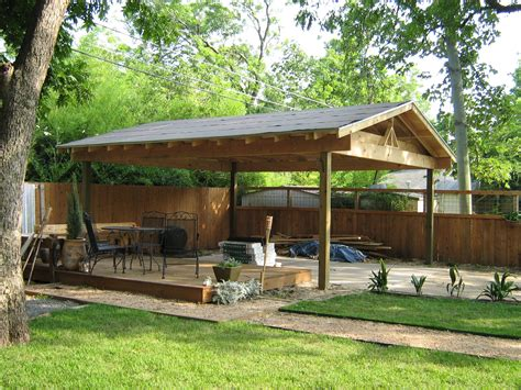 Basic design for a wood carport.aspx Image